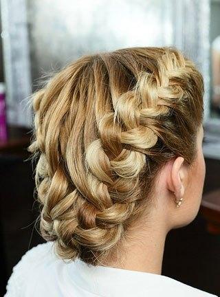 Как научиться красиво плести косы?