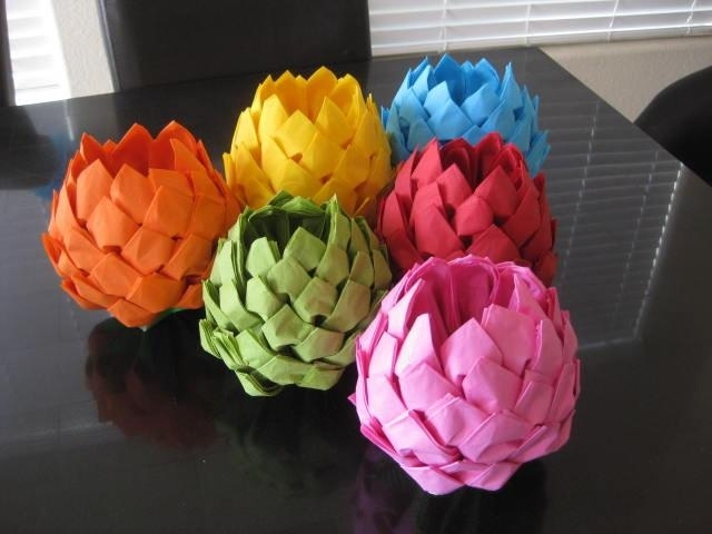Цветы из салфеток своими