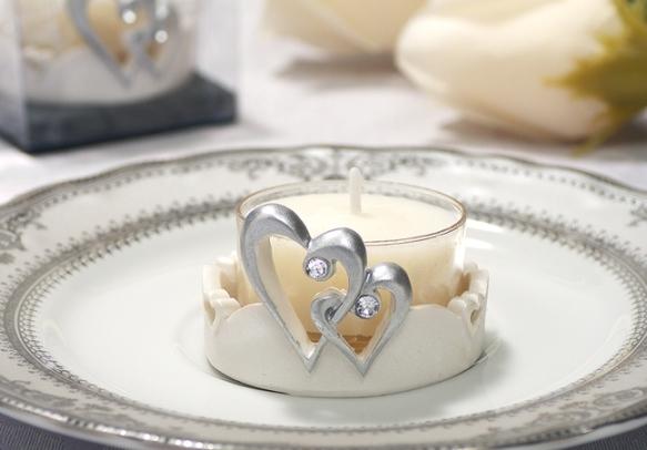 Что можно подарить на опаловую свадьбу