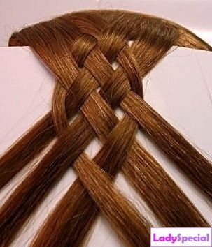 hair braiding of the four strands