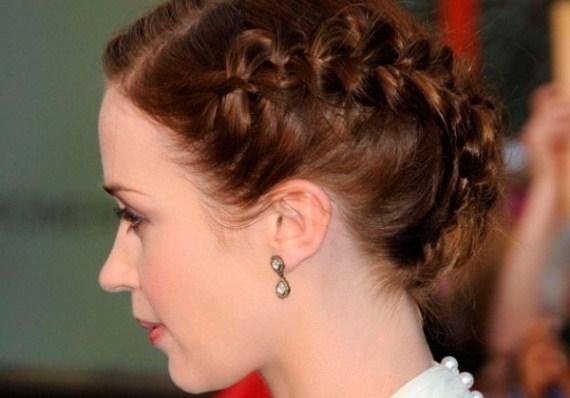 коса с двумя плетениями