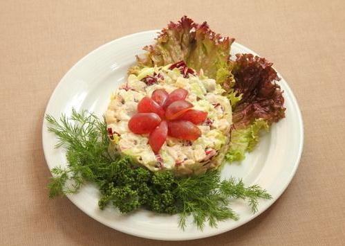 Салат из мяса криля с фото