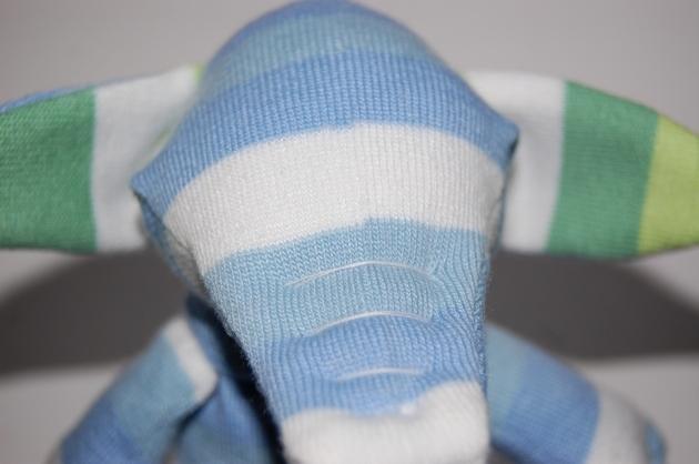 Слоник из носков своими руками