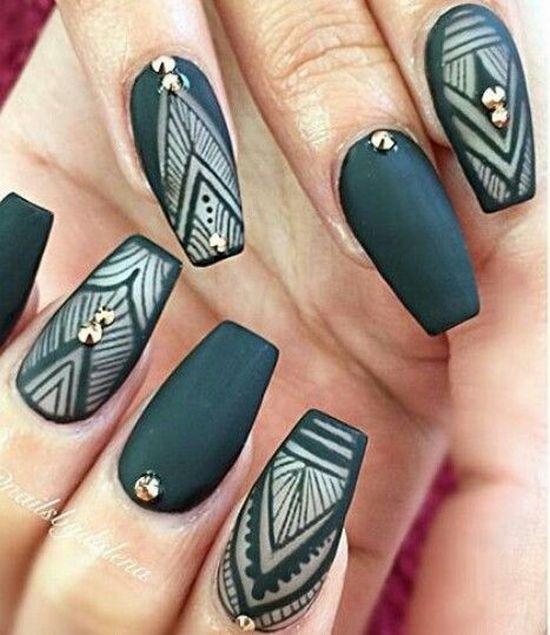 рисунки на ногтях модные нарощенных
