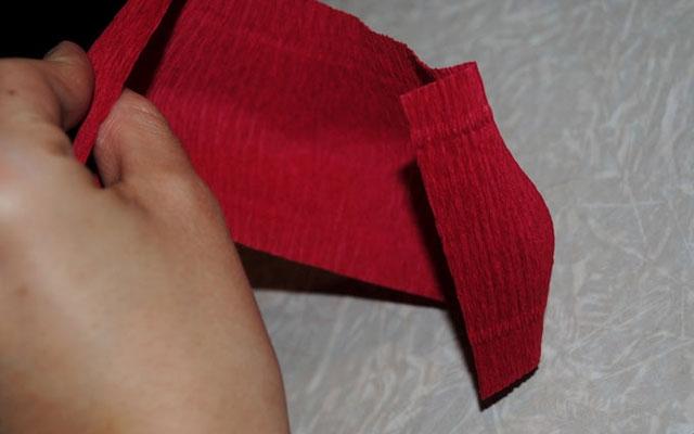 Роза своими руками из конфет и бумаги