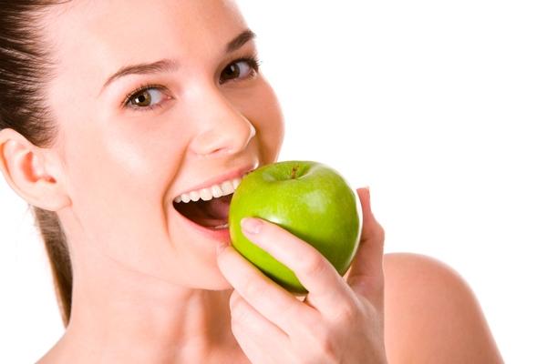 Можно ли поправиться от яблок? Как похудеть с помощью яблок?