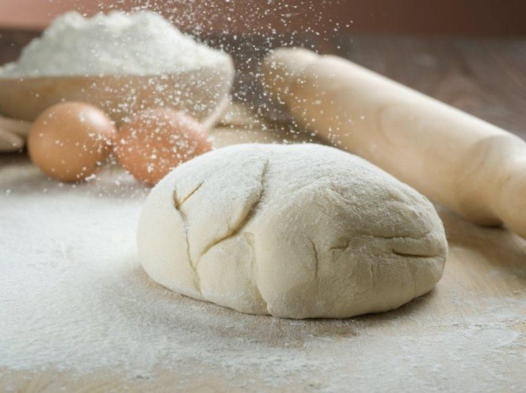 i Как приготовить тесто для пельменей?