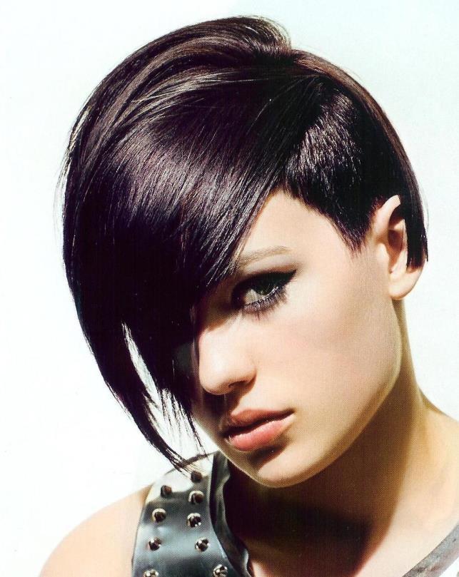Как укладывать короткие волосы?