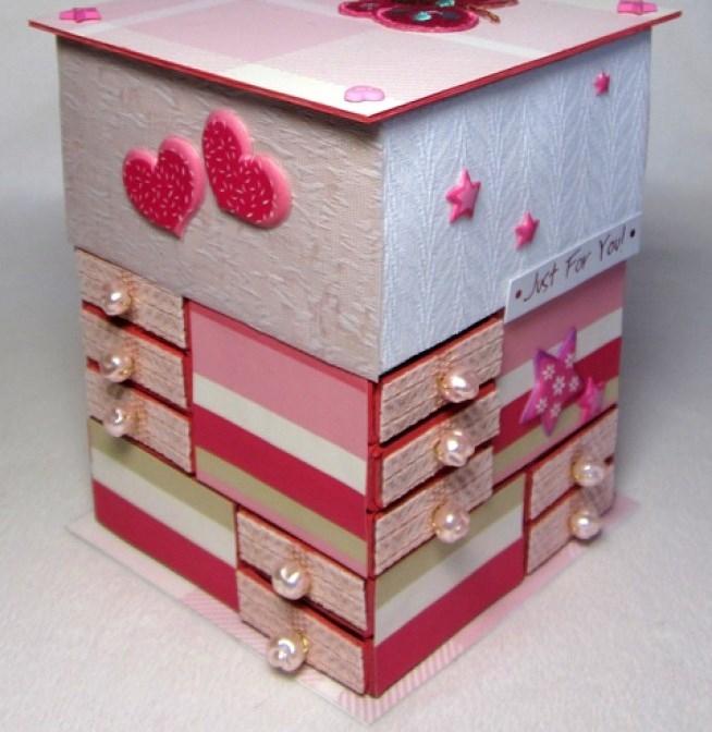 Мебель из коробки для кукол своими руками
