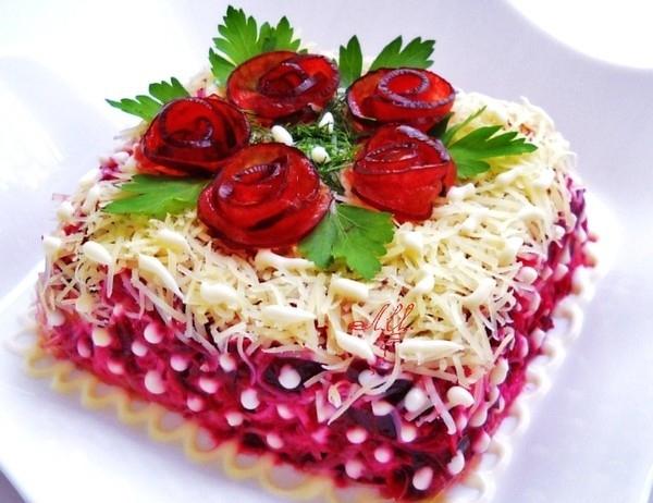 Слоеный салат «Триумф»