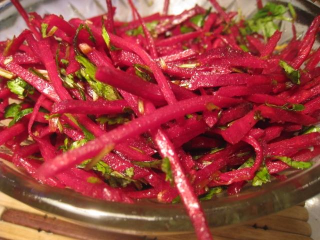 салат из моркови и свеклы рецепт