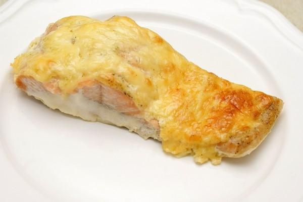 Рецепт горбуши запеченной с сыром