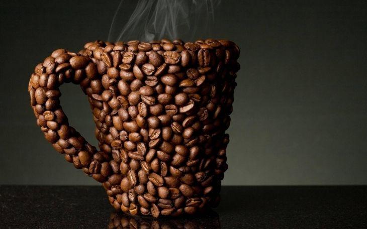 Кружка из кофейных зерен