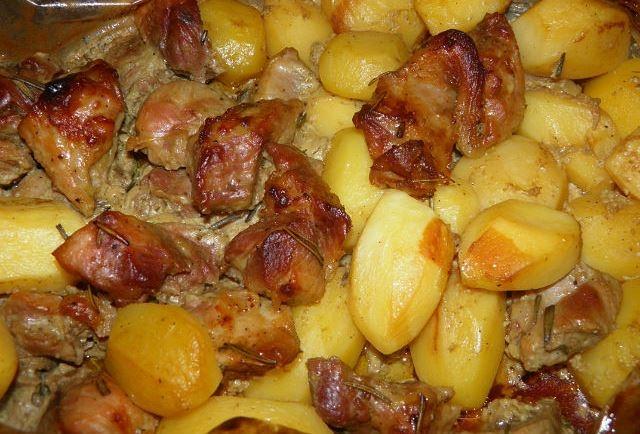 картофель по домашнему в духовке рецепт с фото