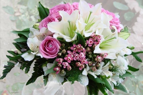 Букеты роз фотографии