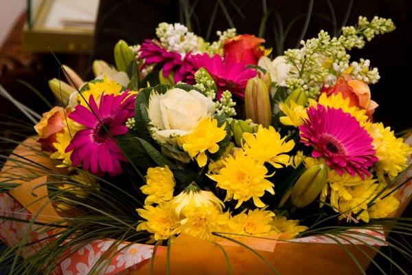 Букеты из цветов: мастер класс