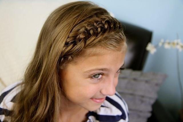 Прически в школу для средних волос своими