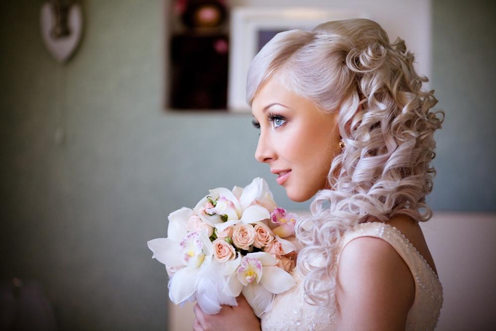 Укладка и свадебные прически