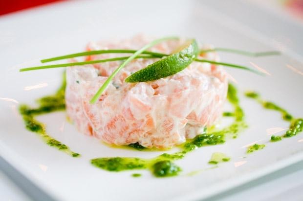 Тартар из лосося: рецепт