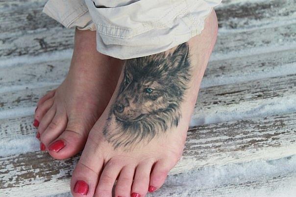 что означает волк воющий на луну