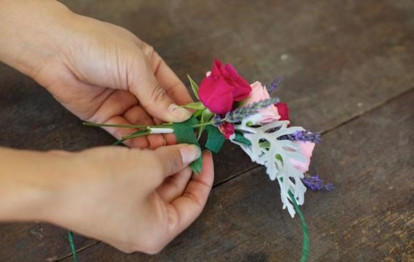 Венок на голову своими руками из искусственных цветов