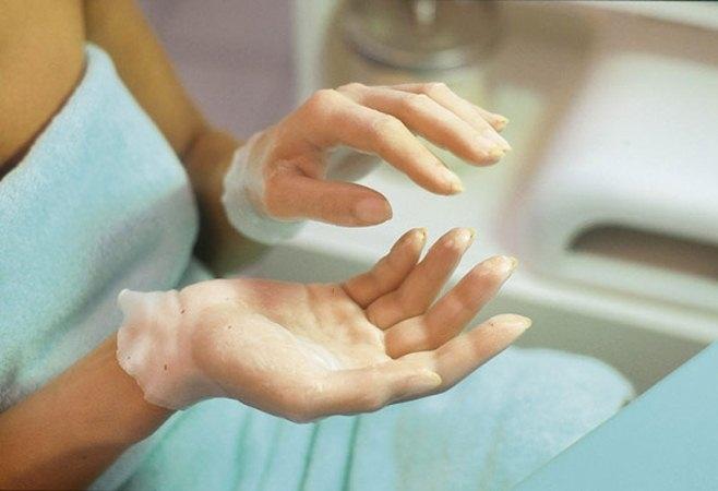 Что делать, если облазит кожа на пальцах рук: проверенные советы
