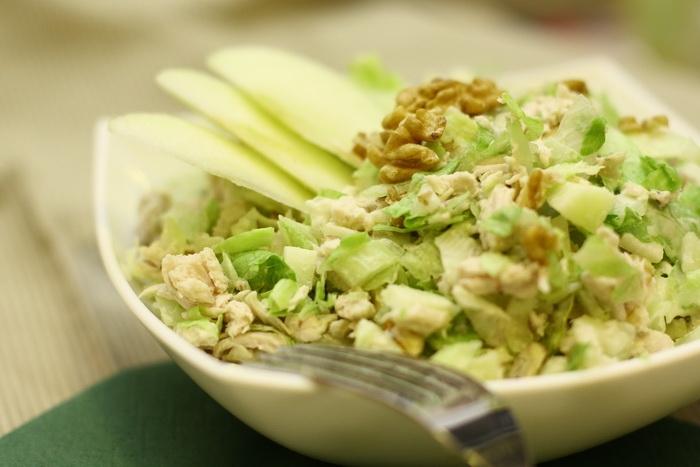 рецепты салатов с сельдереем и ананасом