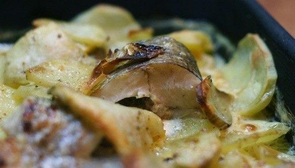 Щука с картошкой в мультиварке