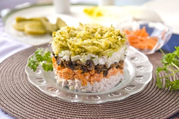 Салат обжорка рецепт с курицей с