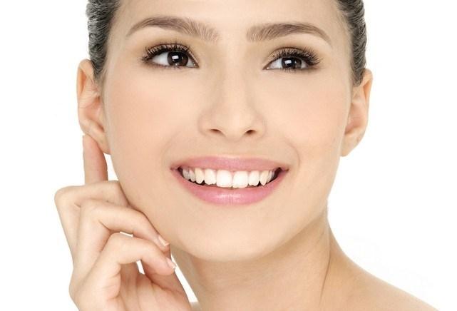 Блефарогель помогает от морщин? Ответ косметологов