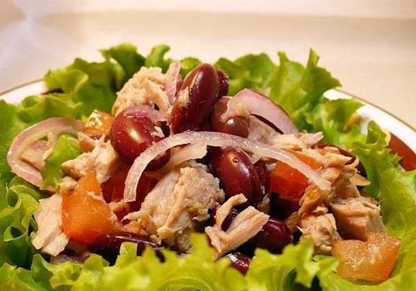 Салат из тунца с фасолью: рецепт