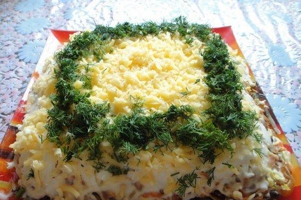 слоеный салат с куриной печенкой рецепт