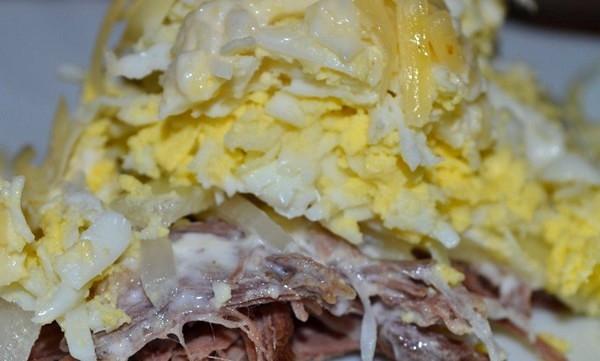 Традиционный рецепт салата мужской каприз