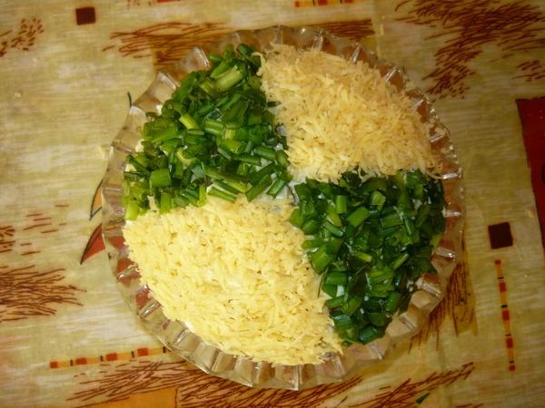 Салат мужской каприз с ветчиной и грибами: рецепт