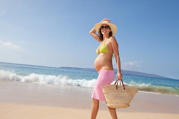 Можно загорать при беременности на солнце