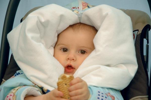 Одеяло-трансформер на выписку для зимы: добавление утеплителя