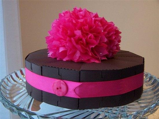 Как сделать торт из гофрированной бумаги?