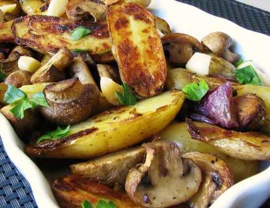 какие грибы лучше жарить с картошкой