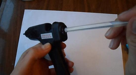 Клеевой пистолет как пользоваться