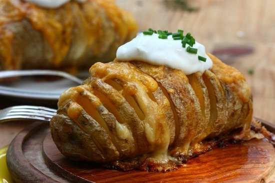 Как выбрать продукты для картошки-гармошки?