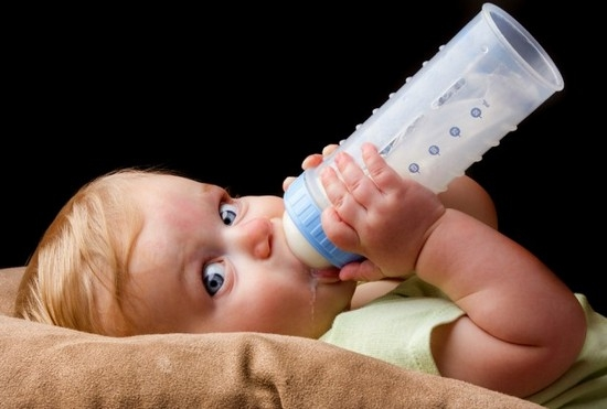 Как сделать чтобы ребенок отказался от грудного молока
