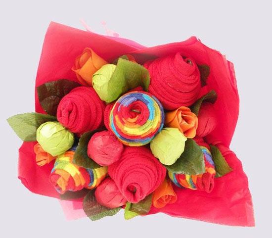 Как превратить нижнее белье для мужчины в оригинальные цветы?