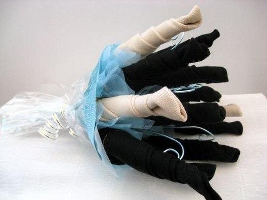 Как сделать букет из носков