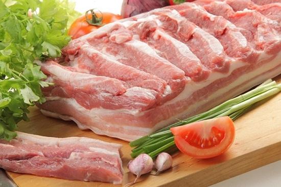 Грудинка варено-копченая: рецепт приготовления в луковой шелухе