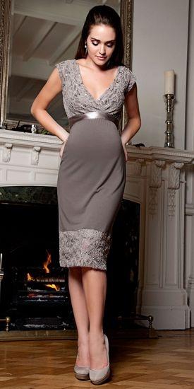Особенности пошива платьев для беременных с завышенной талией