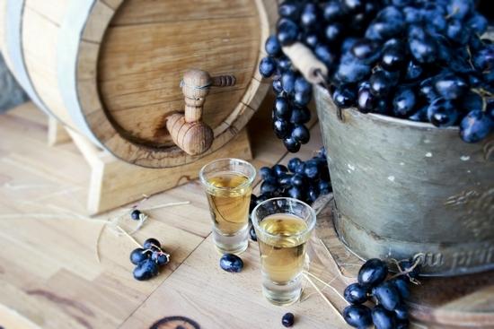 Коньяк из виноградного самогона