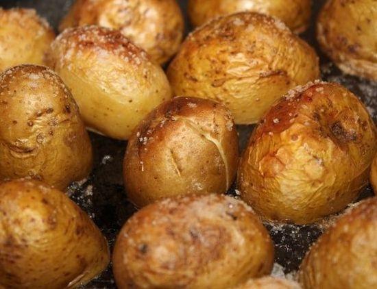 Картошка печеная в духовке в кожуре рецепт пошагово 18