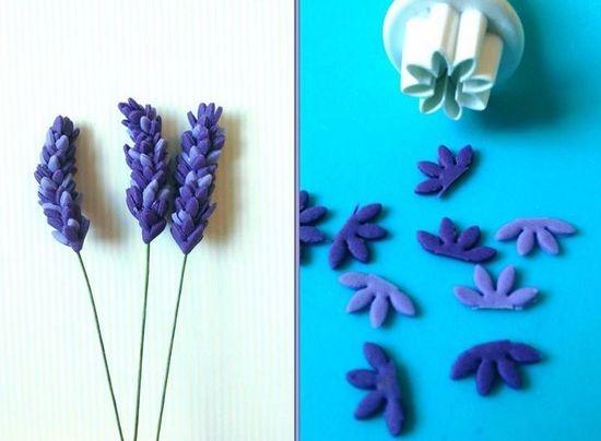 Фиолетовые цветы из мастики
