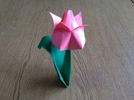 Фото как сделать тюльпан из бумаги своими руками