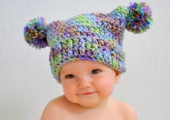 Детские шапочки, шарфики и береты спицами или крючком